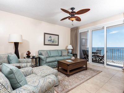 Gorgeous 11th-floor condo! Directly on beach with gulf-front views! Free beach chairs! Free Wi-Fi.