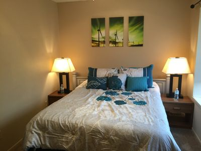Photo for ❤Entire  SHARED Townhouse QUEEN SIZE bedroom in San Antonio -Loft A❤