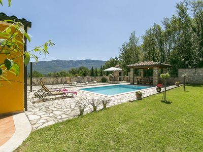 Photo for Holiday home with a pool and property size of 6000 sqm, Istria