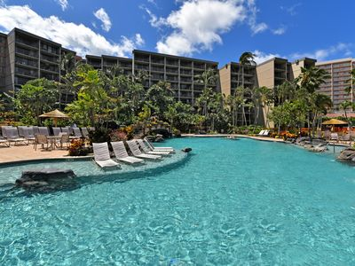 Photo for Time to Spoil Yourself!  Deluxe Ocean Front and Steps to N. Kaanapali Beach ~