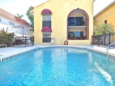 Photo for $99 FALL SPECIAL!  Minutes to Siesta Key. Super clean!