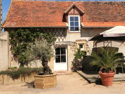 Photo for Bed and Breakfast Domaine de la Guinchère in southern Burgundy