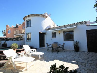 Photo for Villa with 2 bedrooms and 2 bathrooms near the beach