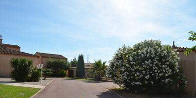Photo for Bright and calm villa – 15 km away from Montpellier and the beaches