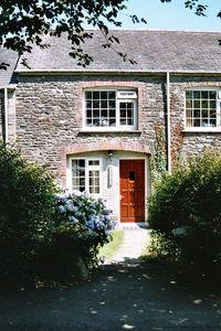 Photo for CARPENTER'S One-Bedroom Cosy Cornish Cottage