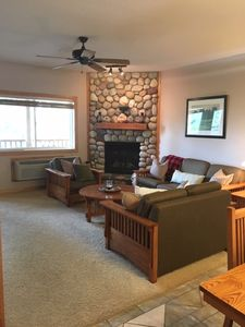 Photo for 3 Bdrm 2 Bath Ski in/Ski out Condo Sleeps up to 10