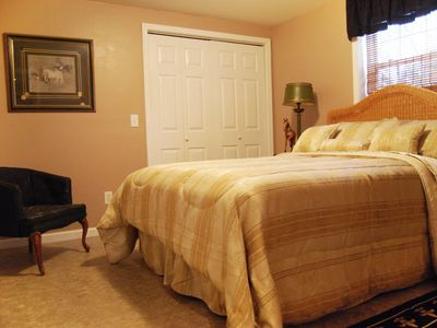 Photo for 3 Bedrooms, sleeps 8, close to TIEC