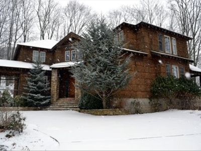 Picture yourself in this beautiful Mountain estate as the snow is falling!