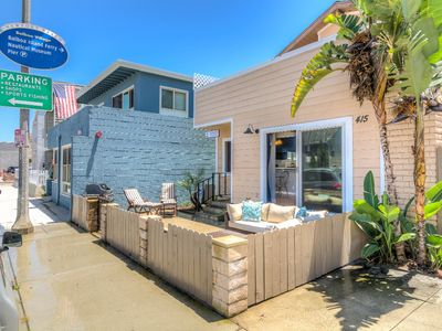 Photo for Adorable, beachy 2 bed 2 bath downstairs condo, steps to sand and the Balboa Village!