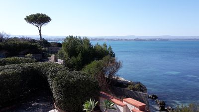 Photo for Independent villa on the sea