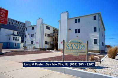 Photo for Lovely 3 bedroom 2 bath Condo in mint condition. Close to beach and promenade.
