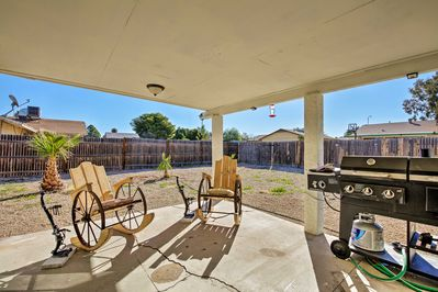 Relax in the private backyard of this cozy Casa Grande vacation rental home!