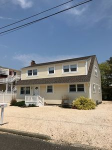 Photo for Beautifully decorated, renovated duplex.. Steps to Bay, Short walk to beach.