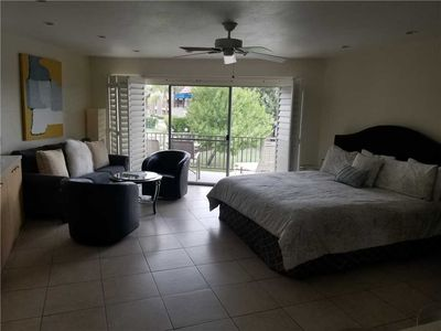 Photo for Resort Amenities included in this charming Studio, just two blocks from El Paseo