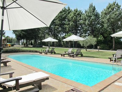 Photo for Lovely apartment for 7 guests with A/C, WIFI, pool, TV, pets allowed and parking