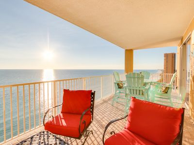 Photo for Outdoor Balcony Tuscan Tile - FREE Beach Serv March 15th - Oct. 2019 - End UNIT!