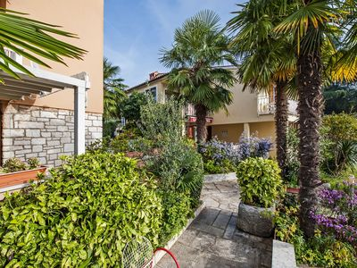 Photo for Apartments Pino / Two bedroom / terrace A4
