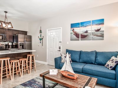 Fully Renovated Condo At Avalon Clearwater
