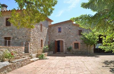 Casa de Cuana is a wonderful holiday home  with room for 12 (+1) guests