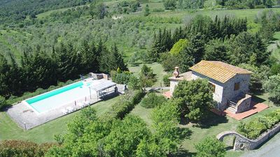 Photo for Country Villa with private pool near Lustignano in the Province of Pisa