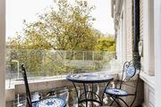 London Home 307, You will Love This Luxury 4 Bedroom Holiday Home in London, England - Studio Villa, Sleeps 8