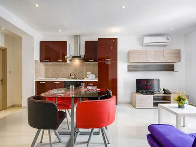 Photo for Bright And Sunny Sliema 2-Bedroom Apartment