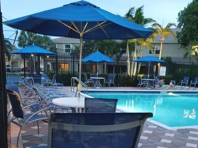 Photo for 4 BEDS. 1 AIR.MINUTES TO MIAMI/FT LAUD. SAFE GATED