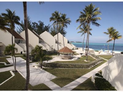 Photo for Gorgeous Nassau Villa at Cable Beach!
