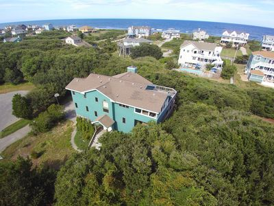 Photo for Gorgeous 5 BDRM w/Sweeping Ocean Views, 3 Mins to Beach