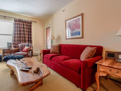 Photo for Ski-in/ski-out condo w/ shared hot tub & pool - easy access to golf, too!