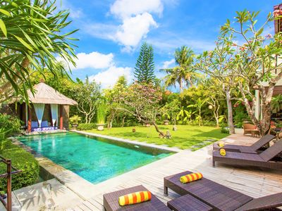 Photo for Seminyak Mixed Modern and Traditional Villa with Turquoise Pool