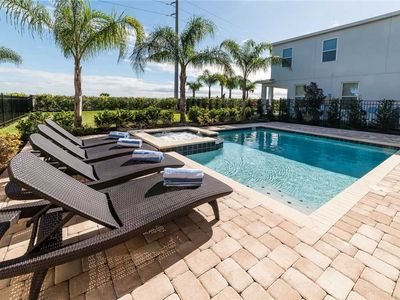 Photo for Reunion Kings Landing, 6 Bedrooms, Encore Club, Private Pool Spa, Sleeps 12: 6 BR / 5.5 BA house in Kissimmee, Sleeps 12