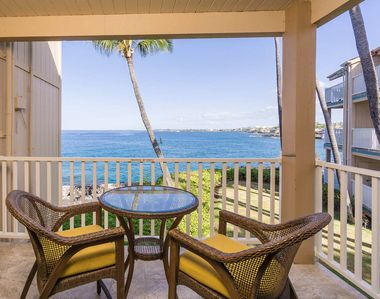 Photo for Delightful Oceanfront Condo w/ Complex Pool and Hot Tub - Family Friendly