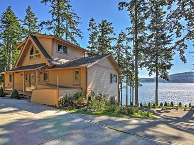 Photo for 3BR House on Discovery Bay Steps from Water!