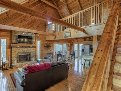 Photo for PERFECT FOR LG GROUPS/COUPLES-STUNNING VIEWS, GAME ROOM, HOT TUB, WIFI