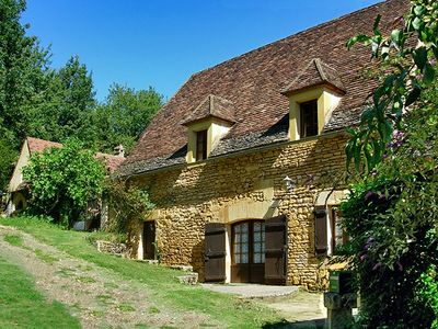 Photo for Charming house near Sarlat, 6 people, enclosed garden, private pool,  WIFI