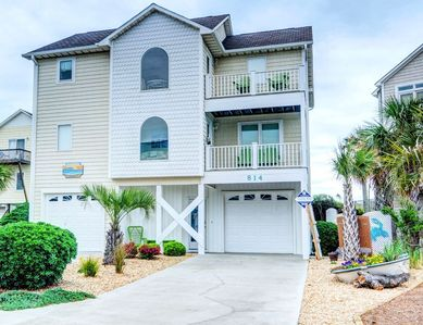 Photo for 10,000 REASONS: 4 BR / 3.5 BA oceanfront in Surf City, Sleeps 10