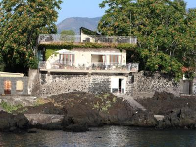 Photo for Casa Pizzidu, elegant villa with a terrace overlooking the sea