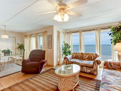 2 Bed/2 Bath Oceanfront condo sleeps 6 guests.  Oceanfront balcony and pool.