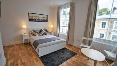 Photo for Ifield 8 apartment in City of London with WiFi.