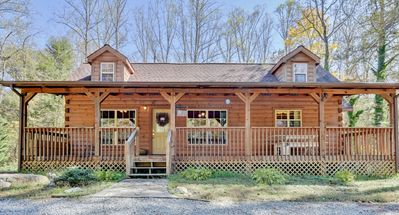 Photo for Rustic 2BR Hendersonville Cabin w/Spacious Deck!