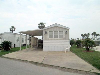 Long Island House in the Bay Area of Port Isabel