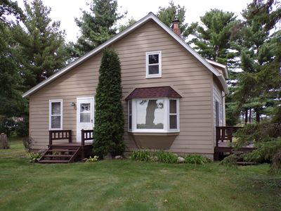 Pederson Family Country Home - HUNTERS Welcome - 30+ acres Hunting Land