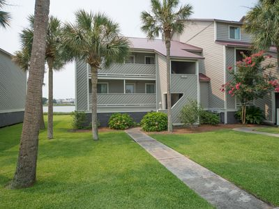 Photo for Mariners Cay 27 - Riverfront Condo - Pool