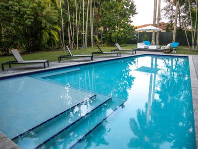 Photo for Huge Tropical Airstream, sleeps 6 with Heated Pool and 1000 palm trees