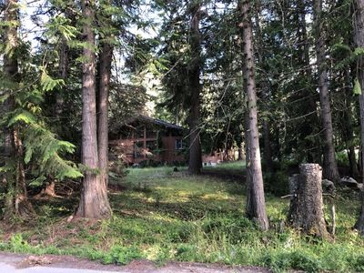 Photo for Pet Friendly (no fee) Cabin minutes from Kootenay Lake, sleeps 7