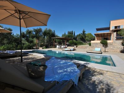 Photo for Stylish and comfortable country house with private pool, lounge zone and BBQ