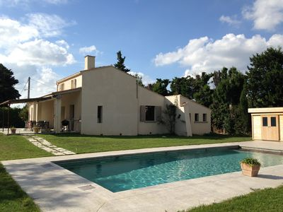 Photo for Chateaurenard, villa, 6/8 pers. 3 bedrooms, 3 bathrooms, quiet, close to the village