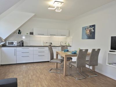 Photo for Quiet, modern non-smoking apartment near the university (45 sqm, 2 rooms, 2-4 pers,)