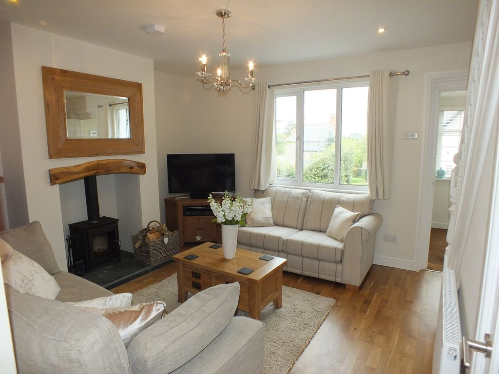 Getting It Right With A Cosy Living Room: Cosy Cottage In Conwy